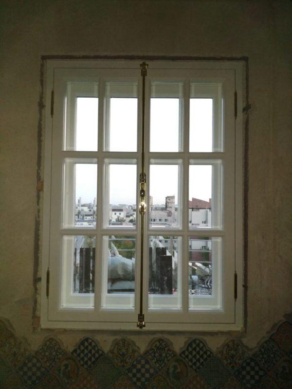 окна в СПб