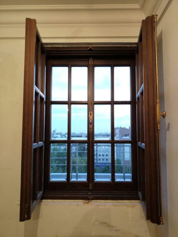 окно в историческом стиле на заказ