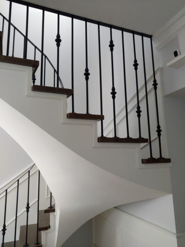 Лестница в доме в СПб