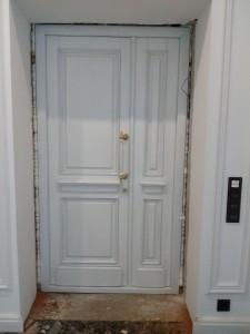 Входные двери в историческом стиле