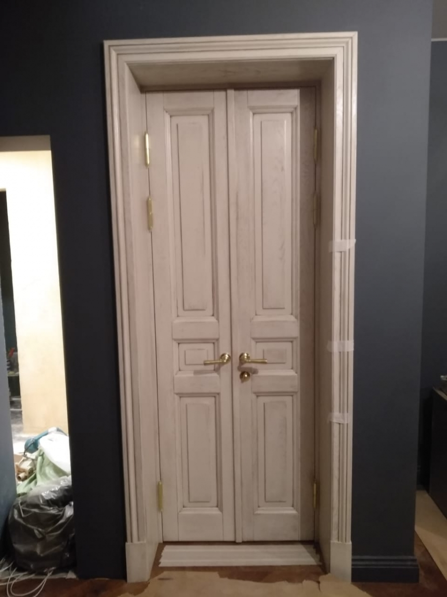 Дверь из массива дуба, эксклюзивная