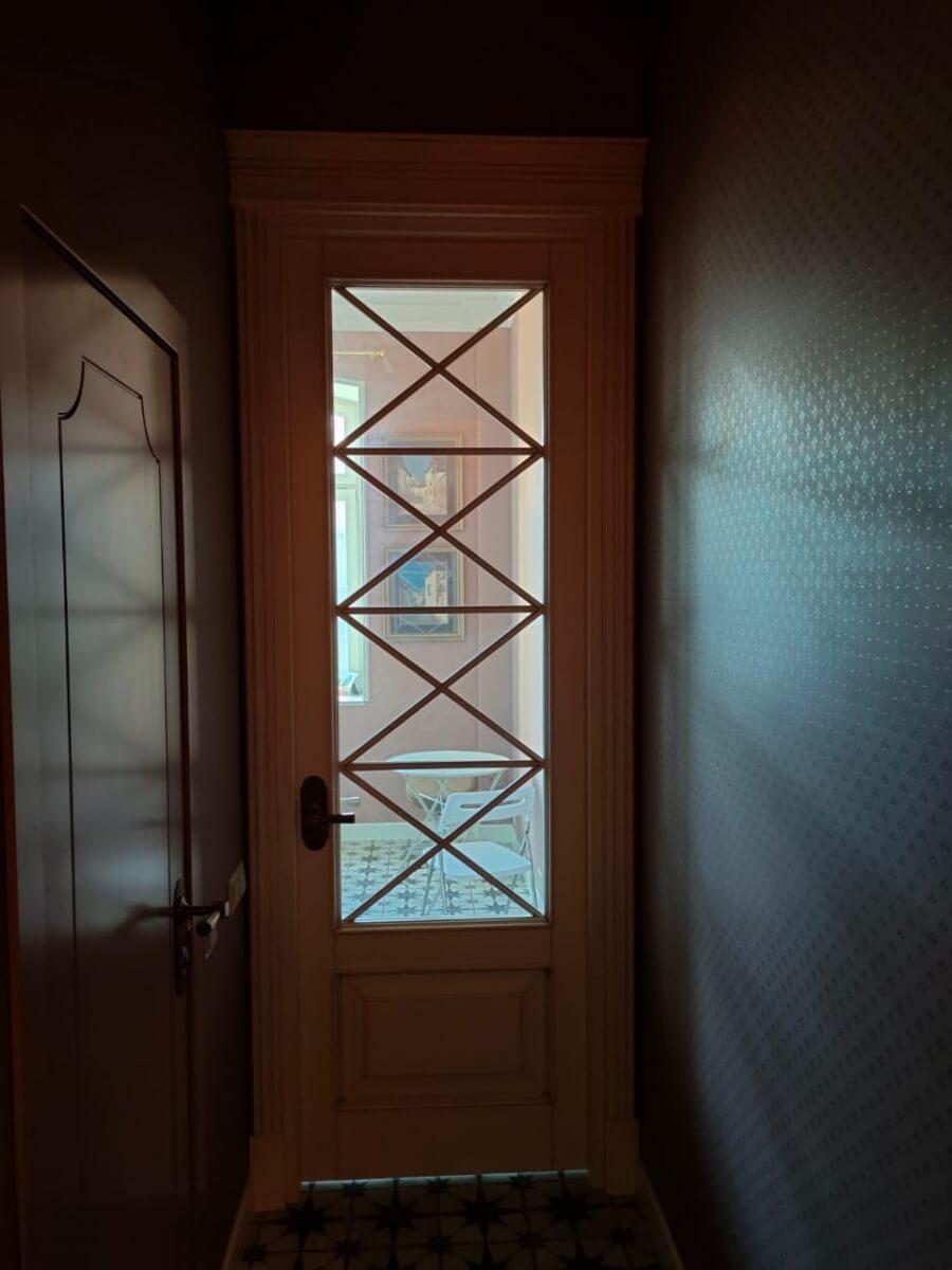Двери стекло