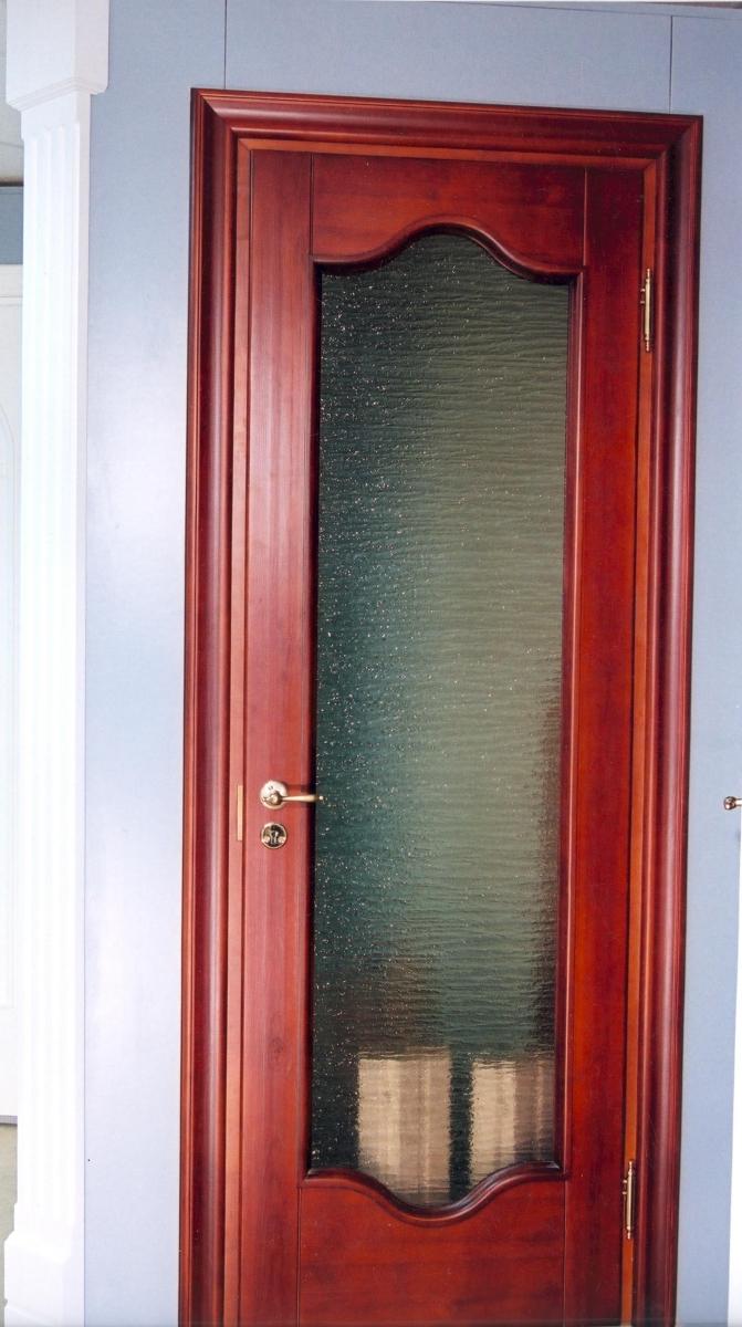 Двери из массива сосны межкомнатные со стеклом