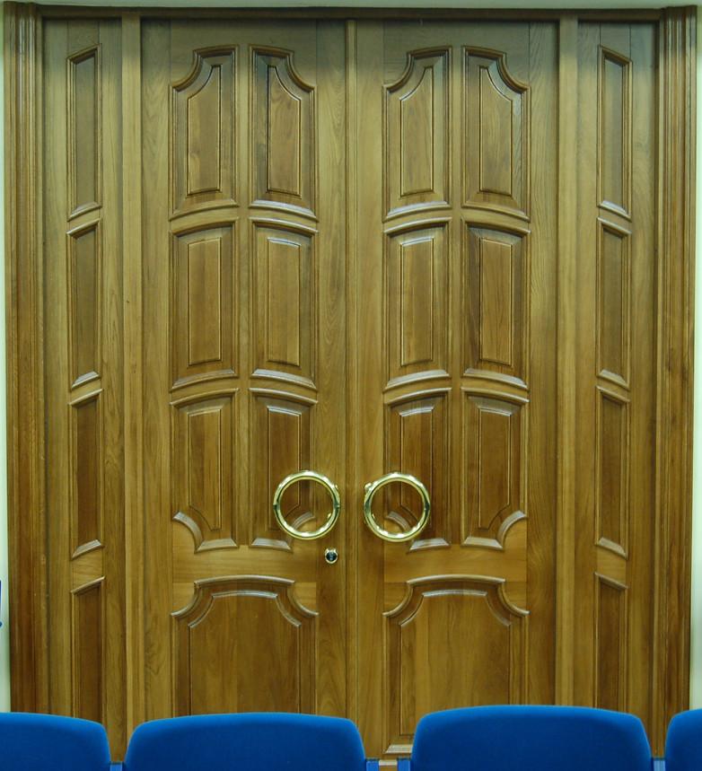 Изготовление дверей для правительственного здания