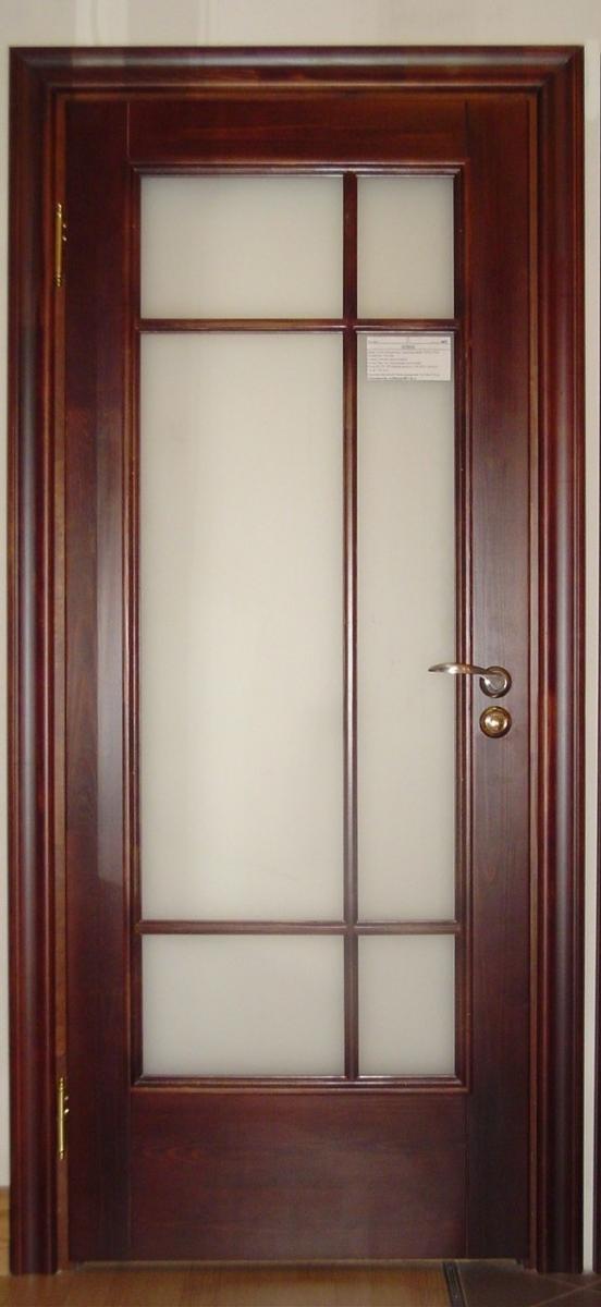 Межкомнатные двери из сосны со стеклом