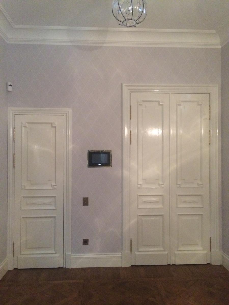 Двери классические из массива дуба