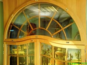 Арочное окно из дуба. Цена 15 т.р./м2