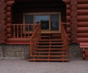 Лестница для деревянного дома