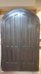 Дверной блок из массива дуба